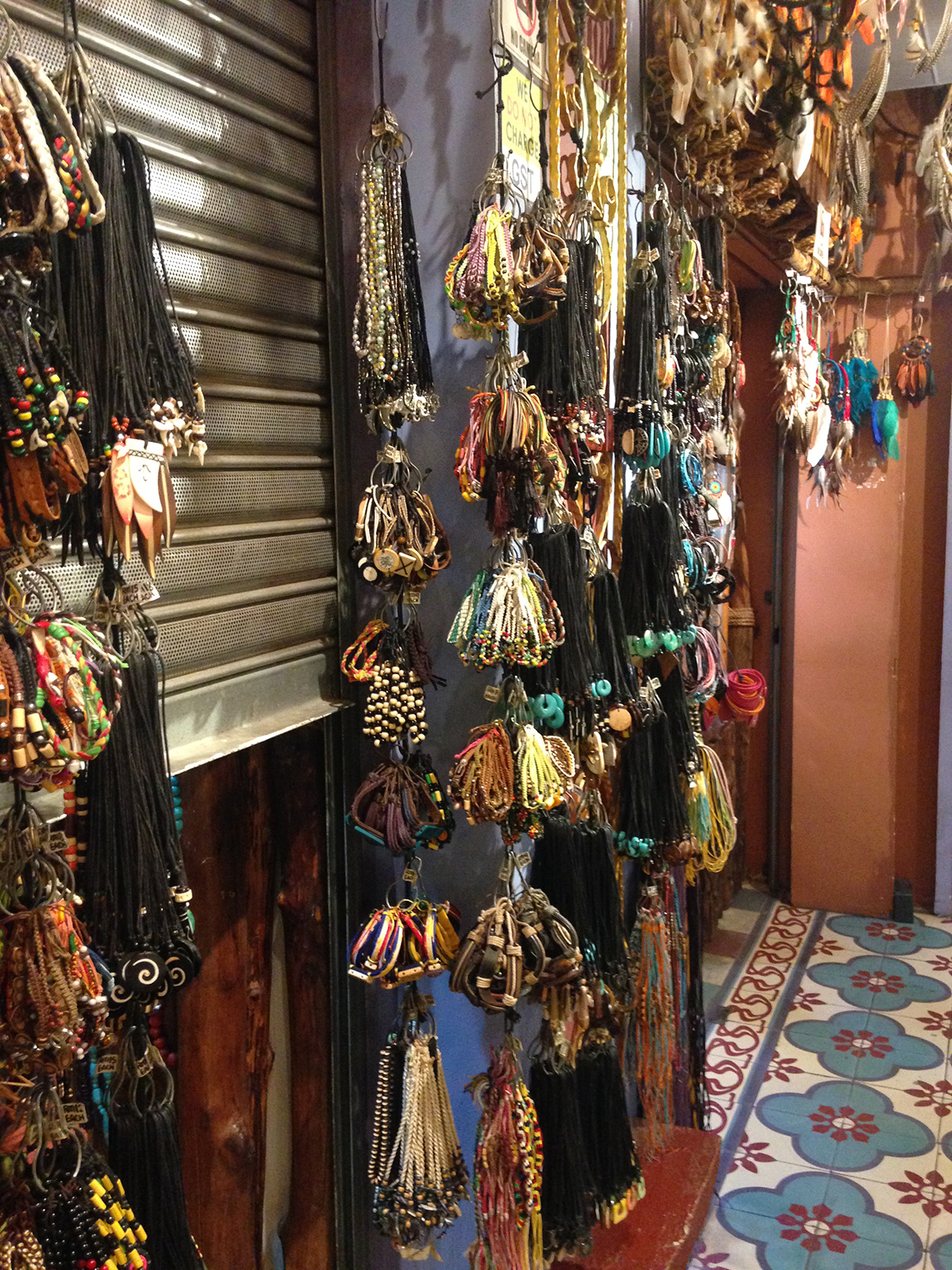 Authentic-Gems-dreamcatchers-central-market-kl