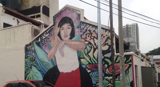 Penang street art - Authentic Gems - Travel blog by Hannah Cackett